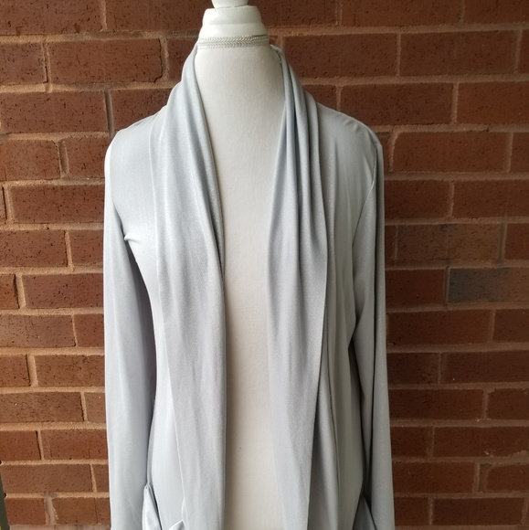 Yvos Jackets & Blazers - Silver knit evening jacket w. Ruched pockets M